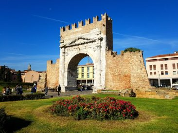 Augustus Arch Rimini, What to do in Rimini