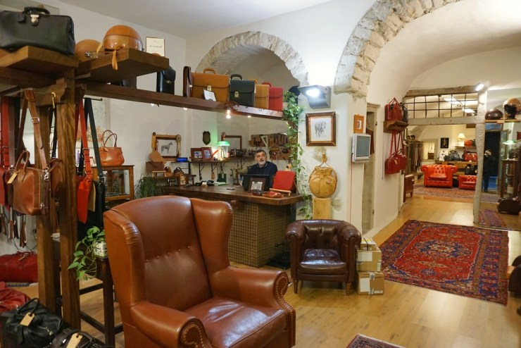 Leather accessories shop