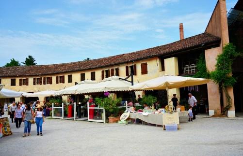 Badoere Market