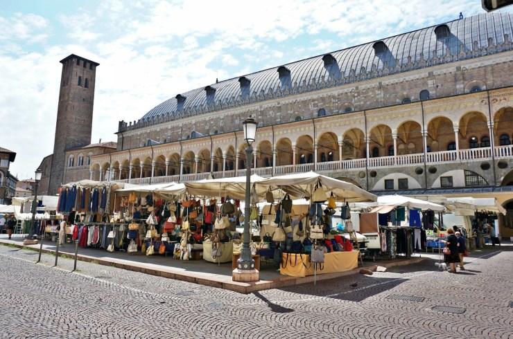 The secrets of Palazzo della Ragione, Piazza della Frutta