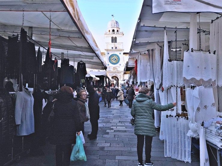 Padua markets: Piazza dei Signori