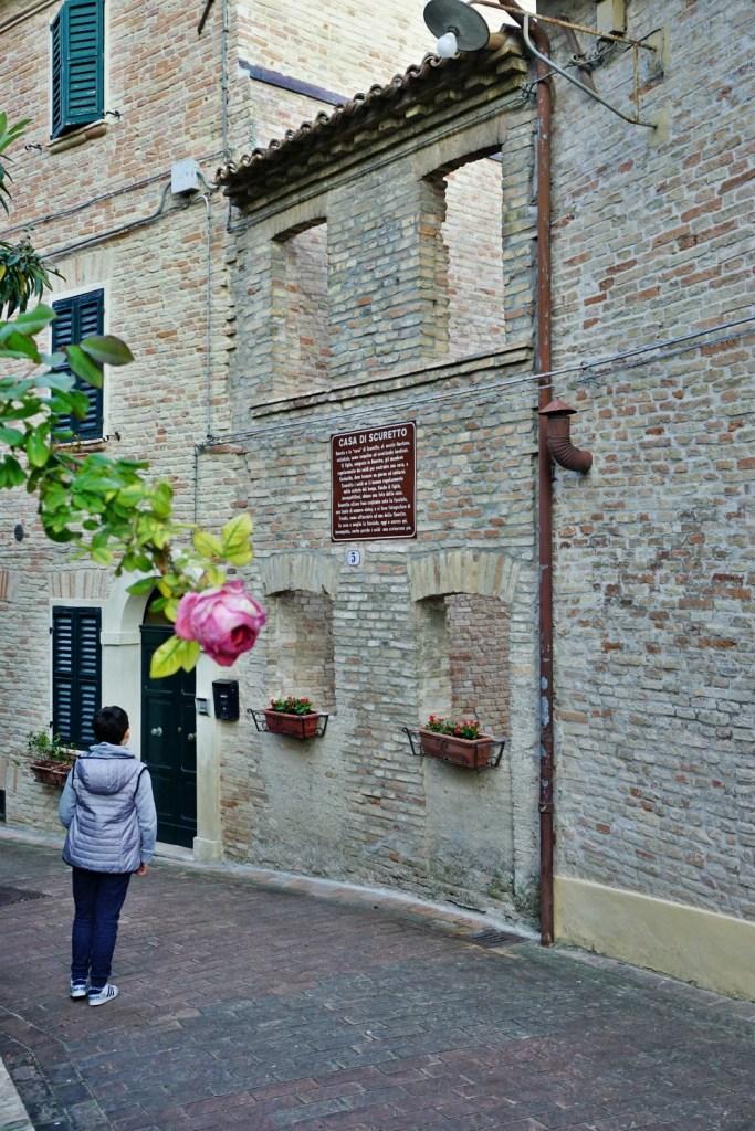 Scuretto House