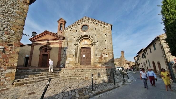 Montefollonico church