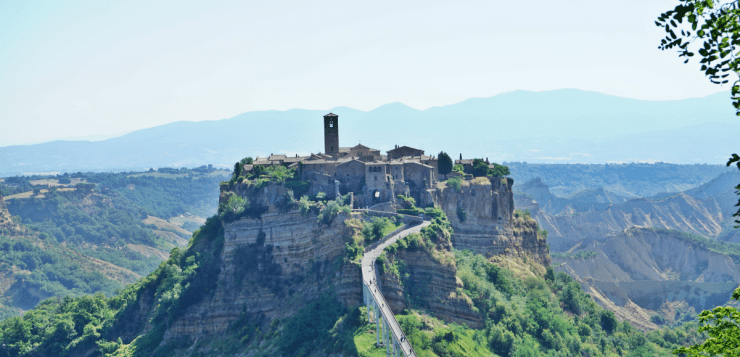 To stay in Civita di Bagnoregio, the dying city: my experience