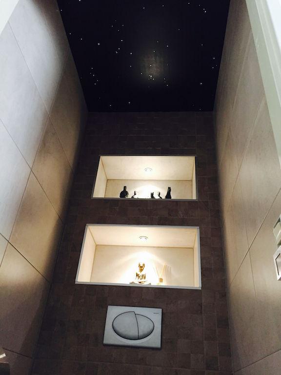 Indirekter Deckenbeleuchtung zum Toiletten mit LEDStreifen  MyCosmos