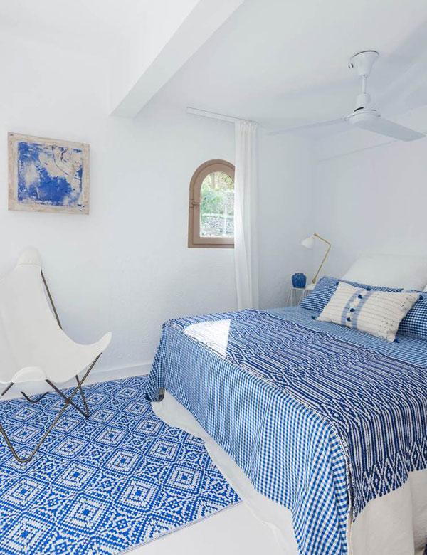 The Spanish white coastal home of interior designer Carlos Serra | My Cosy Retreat