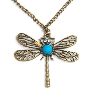 retro-dragonfly-necklace