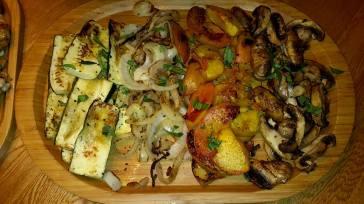 Chicken, steak, veggies