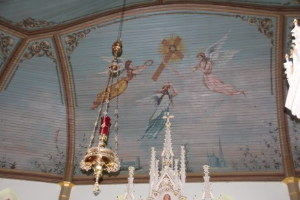 Ceiling above the tabernacle
