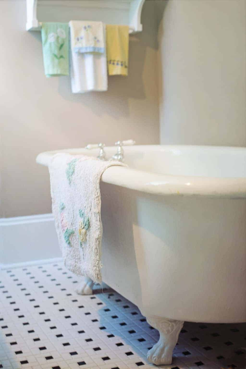 How To Unclog Your Bathtub Drain With Pantry Staples  My