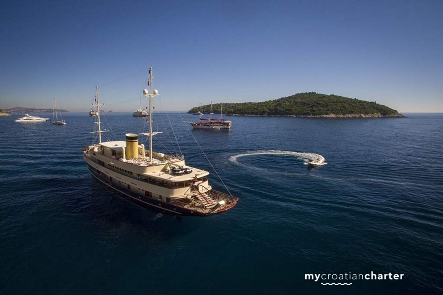 Image of CASABLANCA yacht #2