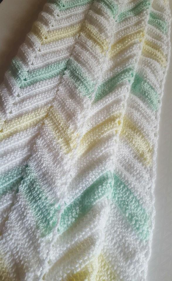A Chevron Crochet Blanket Basic Guide Vintage Look Zig Zag Chevron Crochet Blanket Pastel Yellow Pastel