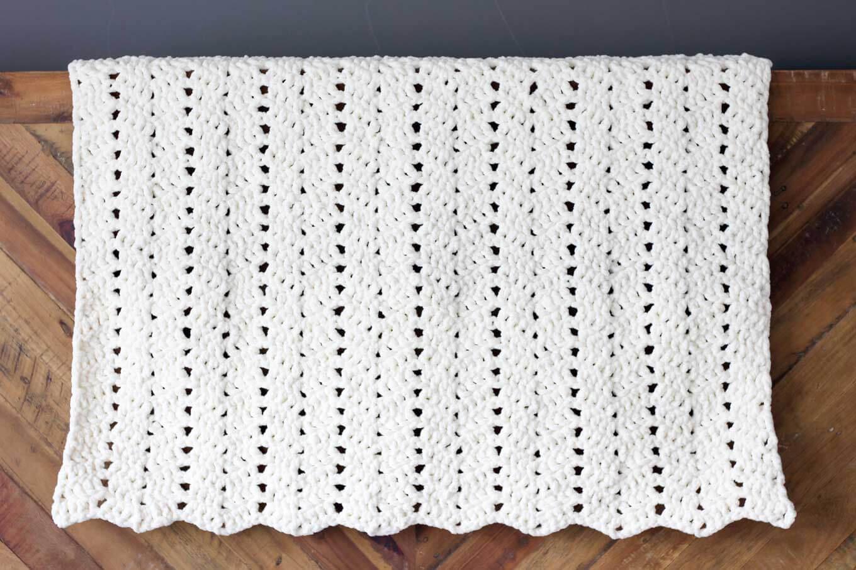 Blanket Crochet Pattern Free Modern Chunky Crochet Blanket Pattern Beginner Friendly