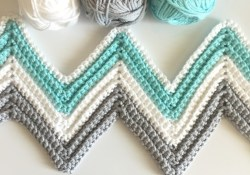 Blanket Crochet Pattern Free to Get You Warmer at Night Free Crochet Patterns For Chevron Ba Blankets Dragonsfootball17