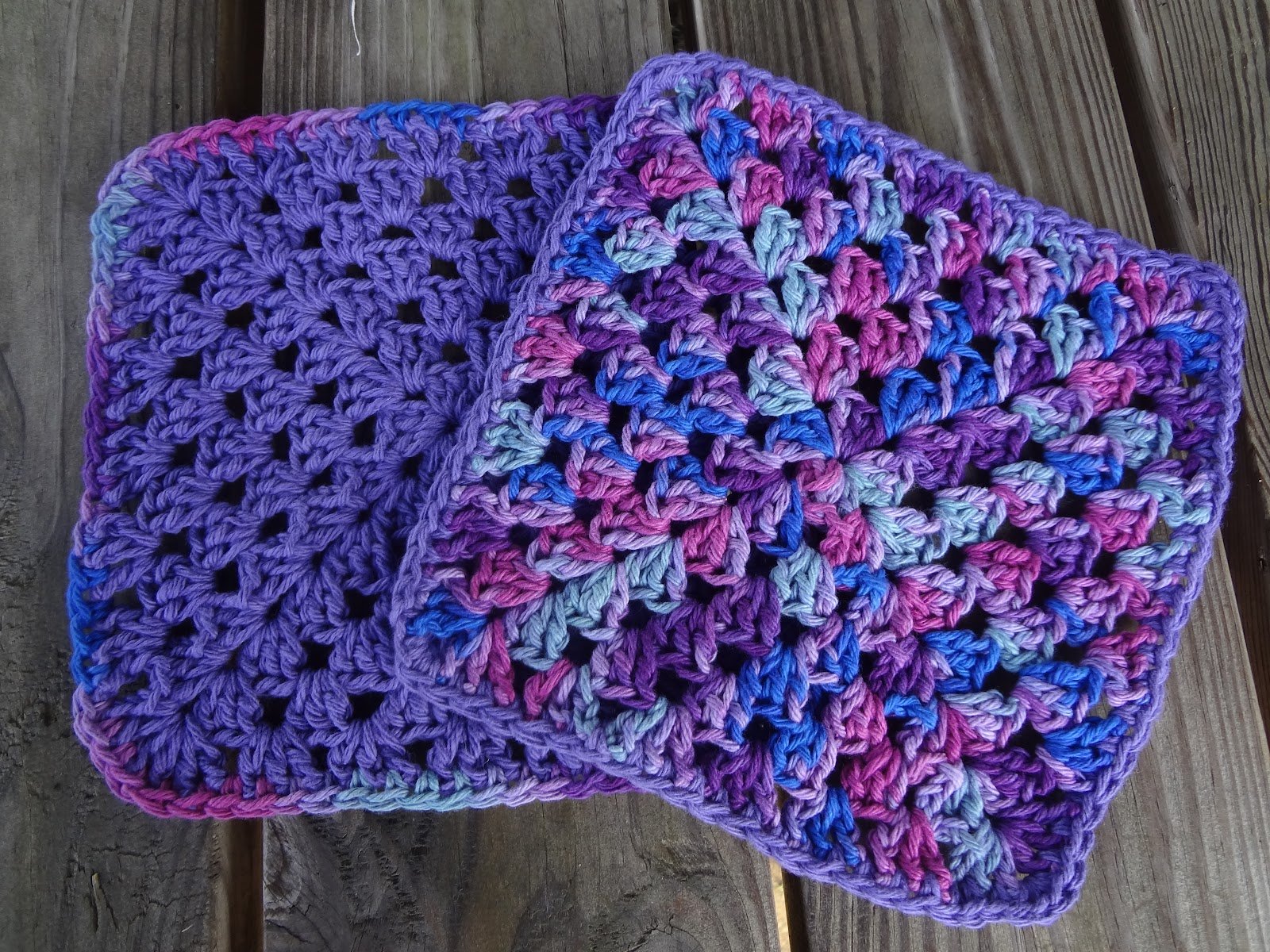 Crochet Dishcloths Free Patterns  Fiber Flux Free Crochet Patterngranny Berry Dishcloths