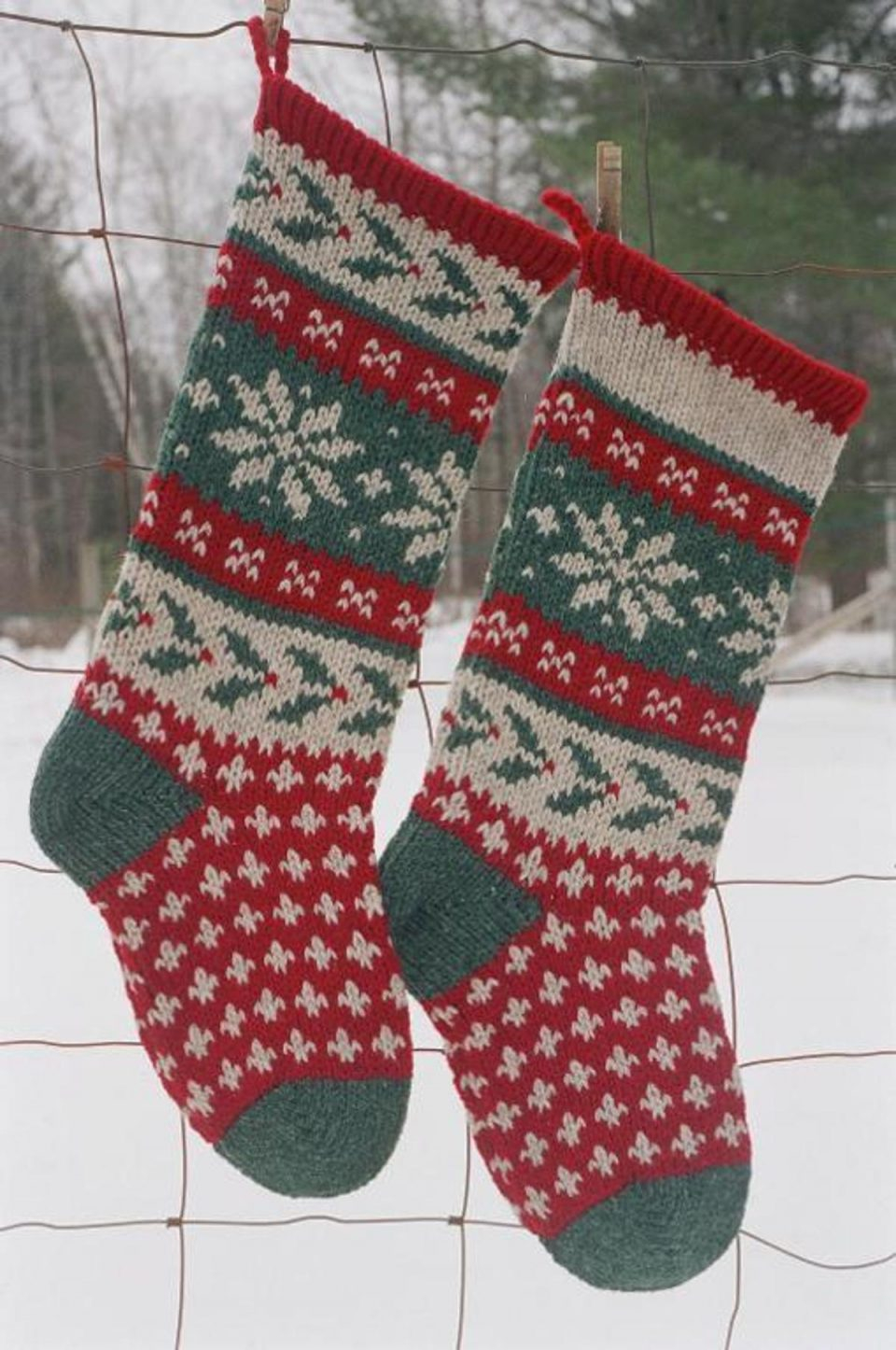 Crochet Stocking Pattern  Knitted Christmas Stocking Patterns For Real Feel Decorations Holly