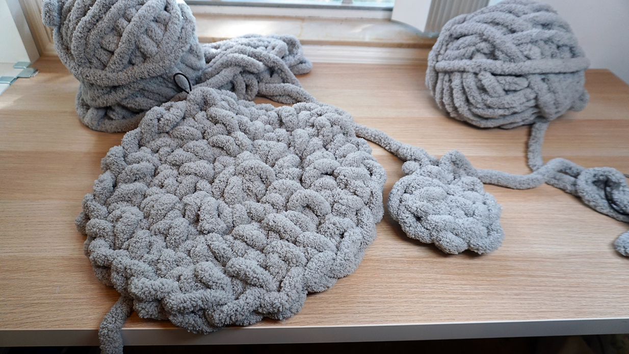 What You Should Know Before Proceeding Crochet Chunky Yarn Patterns Diy Giant Crochet Floor Pouf With Chunky Yarn Saturate Life