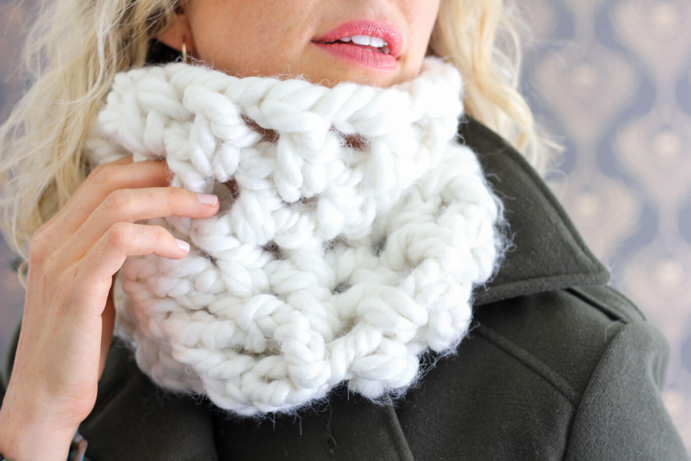 What You Should Know Before Proceeding Crochet Chunky Yarn Patterns One Hour Chunky Cowl Free Crochet Pattern Make Do Crew
