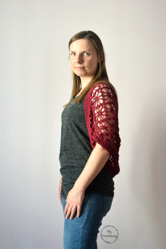 Meadow Lace Shrug - floral and stylish crochet shrug free pattern with zero shaping, decreasing or increasing and minimal sewing by www.mycrochetory.com