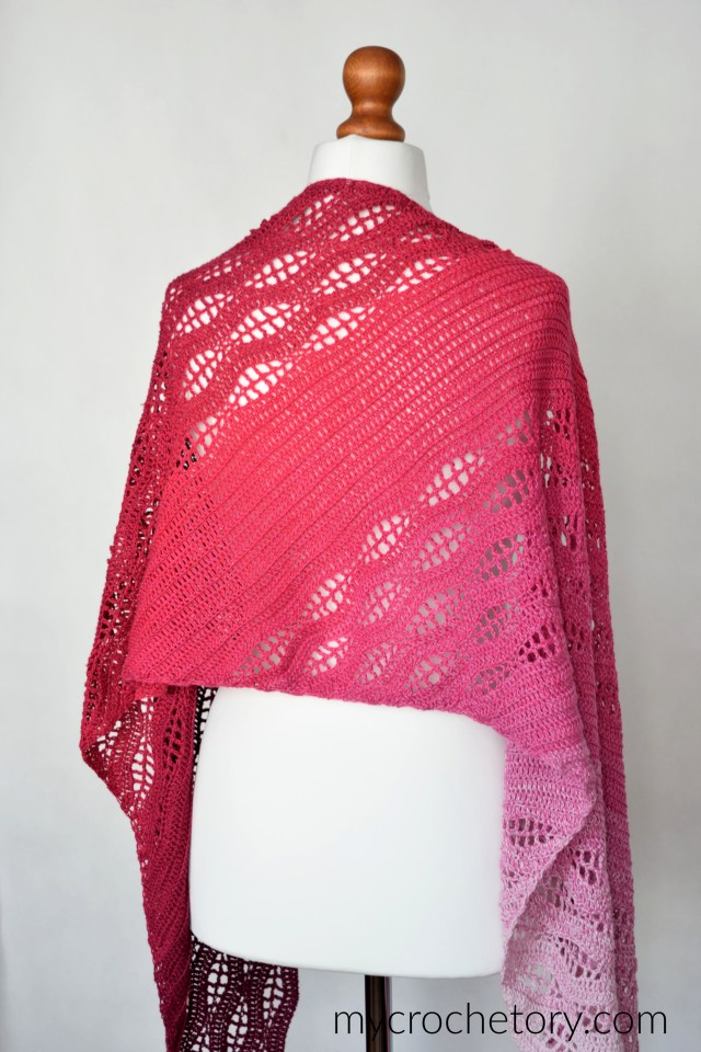 Kalinda Wrap - free crochet shawl pattern. It has a rectangle shape and it's totallt adjustable. mycrochetory.com