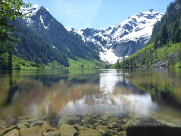 Lake-top and lake-bottom