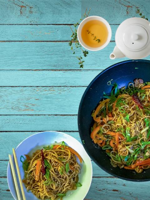 5 in veg stir fry noodles