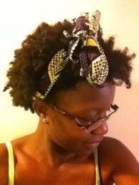 Borrowed this from my mom. I really like the print. My hair shrinks soo much. Serious coils.