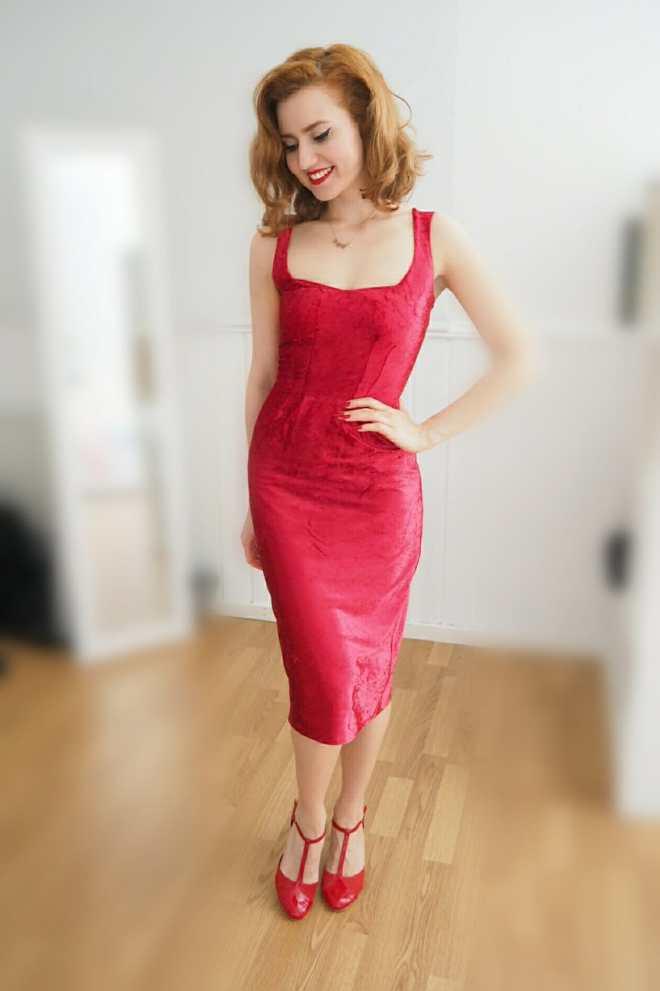 diy velvet dress