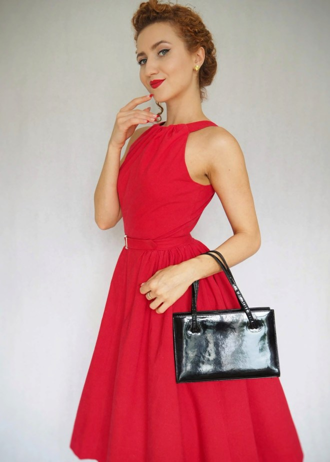DIY Vintage Dress, 1950's dress, vintage dress, sewing vintage, The Red Vintage-Style Dress