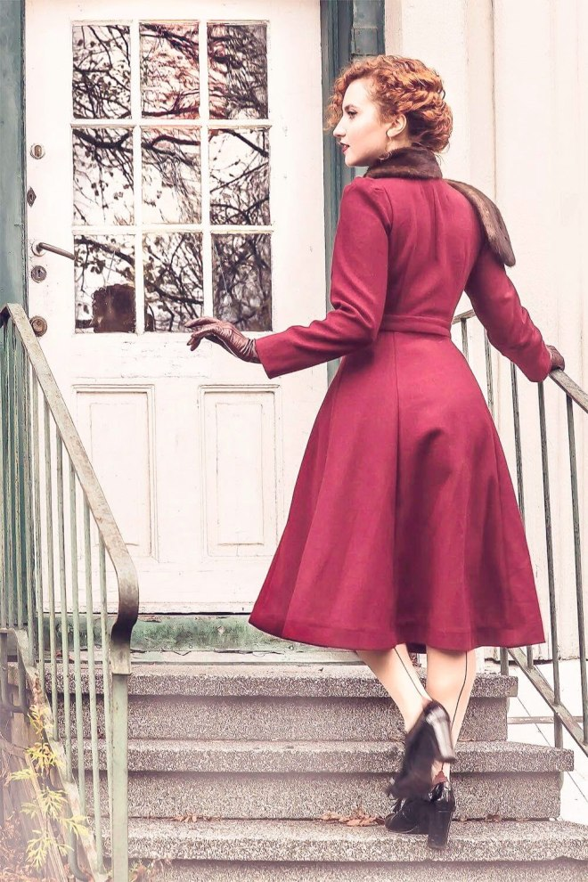 1940's Vintage Coat Pattern vintage coat, 1940's coat, vintage coat sewing pattern #1940s #vintagecoat DIY vinage coat, vintage coat, 1940's coat, 1940's fashion, 1940's, 40's, 1940's sewing pattern, coat sewing pattern, vintage sewing pattern, my curly projects