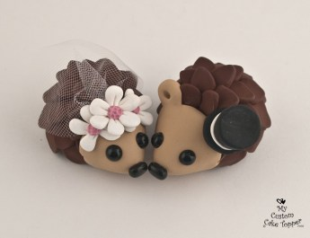 Happy Hedgehogs Daisy Cake Topper