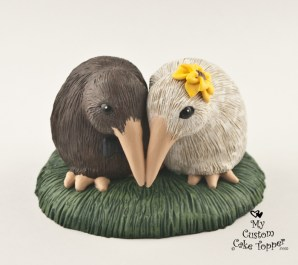 Kiwi Love Birds Wedding Cake Topper