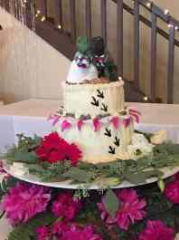Christinn's Realistic T-Rex Wedding Cake Topper