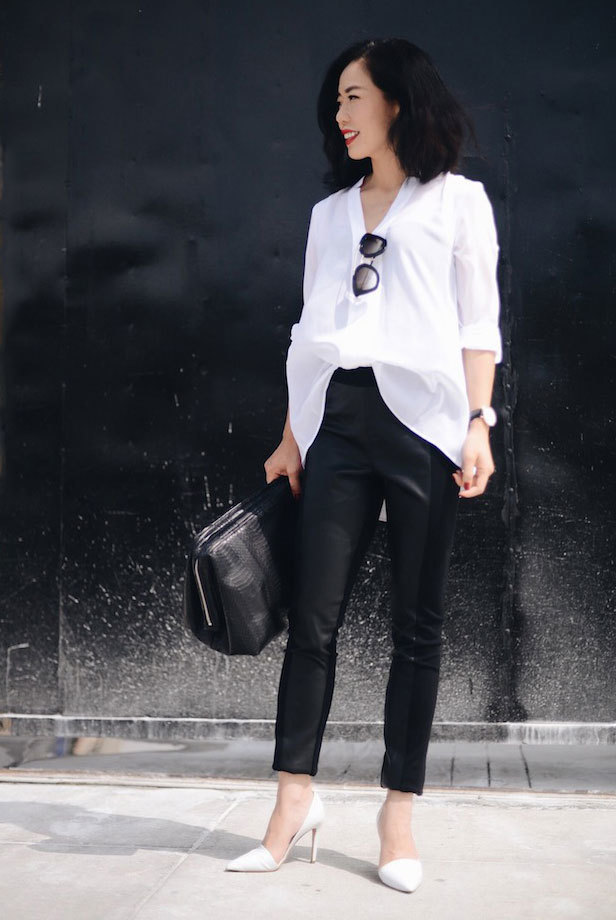 08-black-leather-pants-an-oversized-shirt-black-bag-and-white-heels