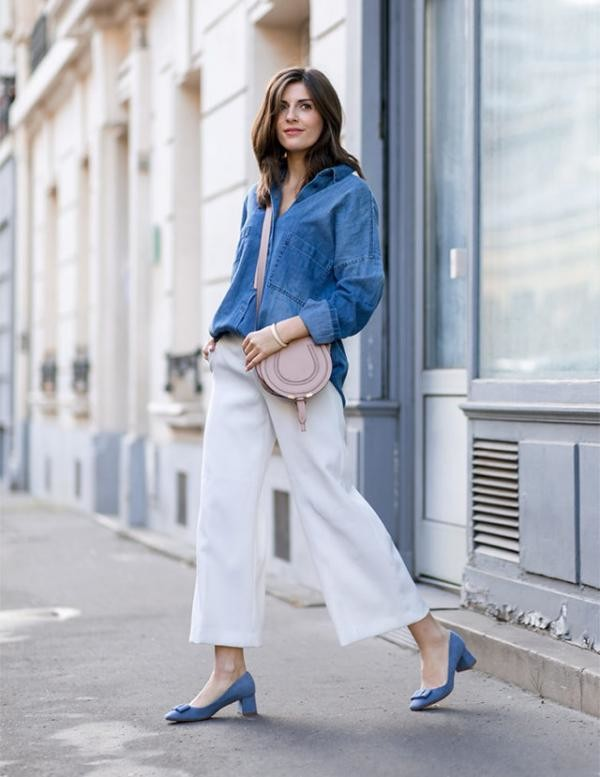 culottes-block-heels-ladylike-heels-baby-blue-denim-shirt-front-tuck-chambray-shirt-brunch-weekend-work-spring-simple-et-chic-