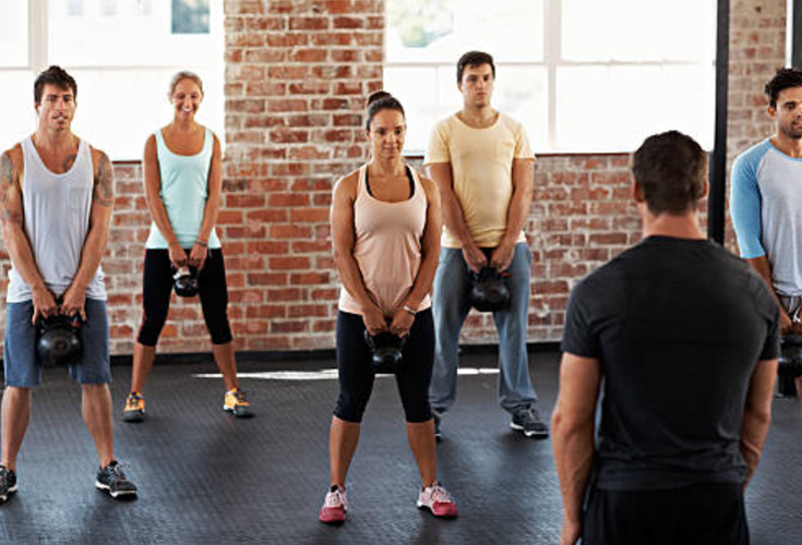 Burn calories in overdrive and shed pounds using these kettlebell exercises! 8 super sculpting exercises incorporating your full body resulting in a more slim and toned figure while burning 20+ calories per minunte