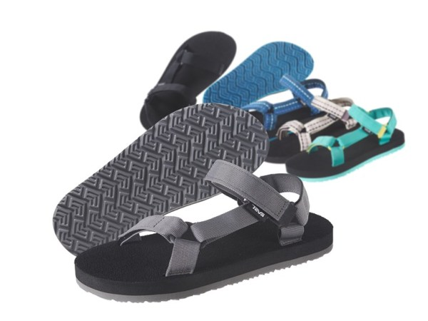 c3df1c42905f68 Hurry over because right now these Teva Mush II Men s and Women s Sandals  are only  19.99 (Reg.  40.00)!