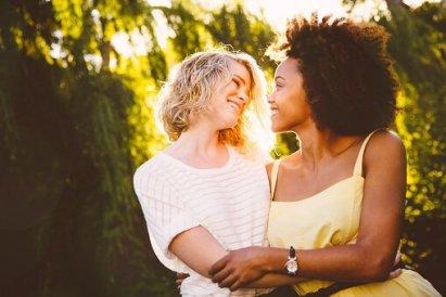 black-white-lesbian-dating