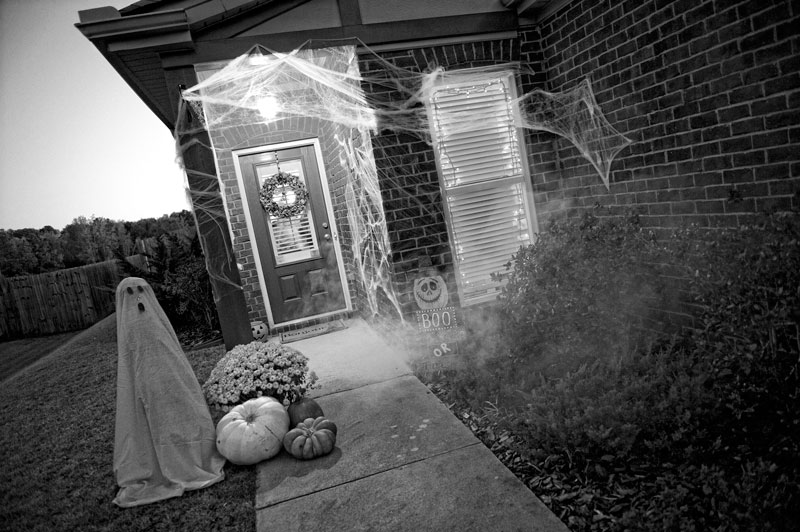 Happy Halloween Some Scary Tips for Halloween Dcor 3
