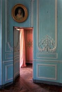 Very Artistic Vintage Doors | My Decorative