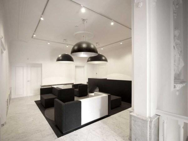 Modern Office Waiting Room Design