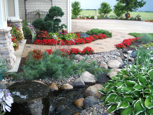 hardscaping and softscaping