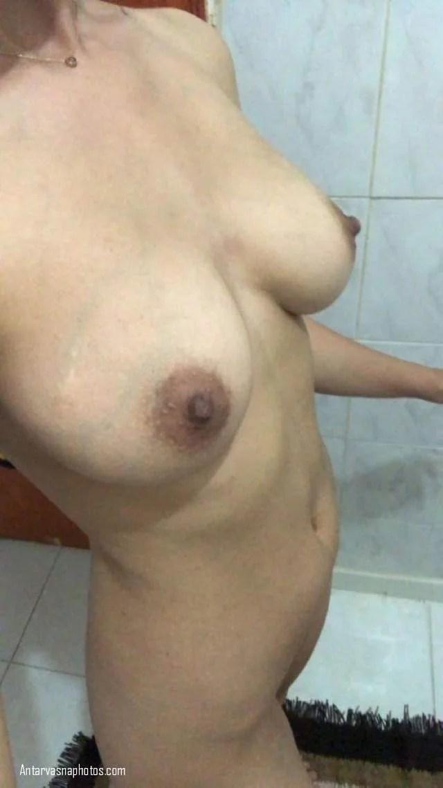 sexy arab girl ke soft nipple