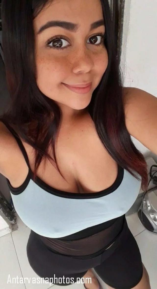 boobs dikhati hot divya