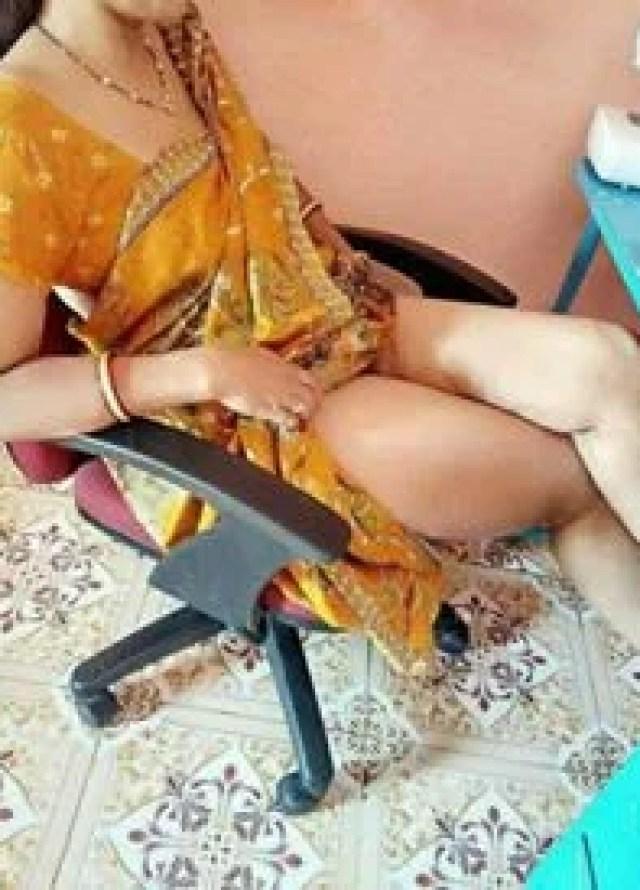 sexy indian bhabhi ke hot jalwe