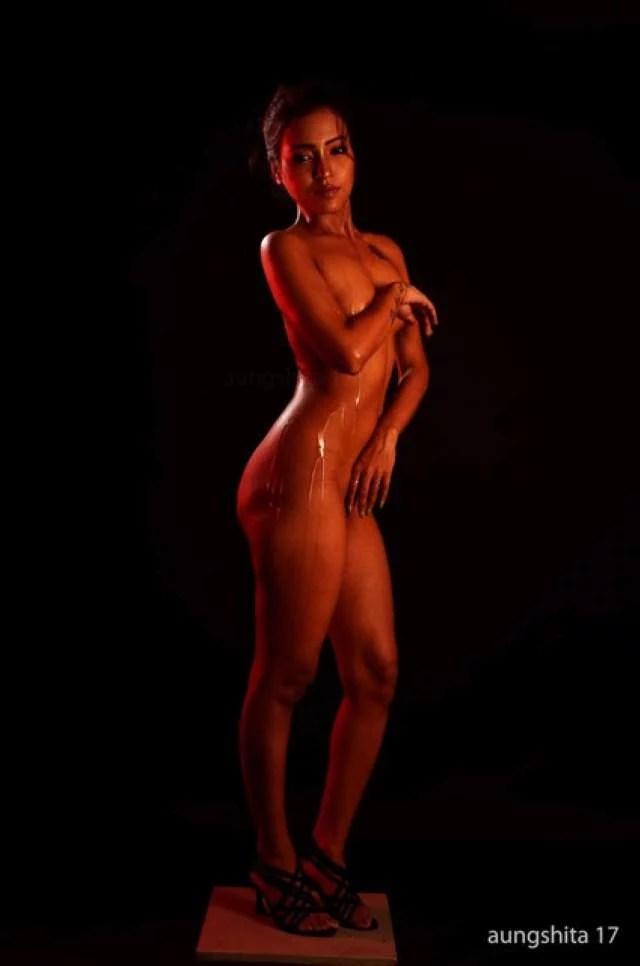 nude indian bhabhi