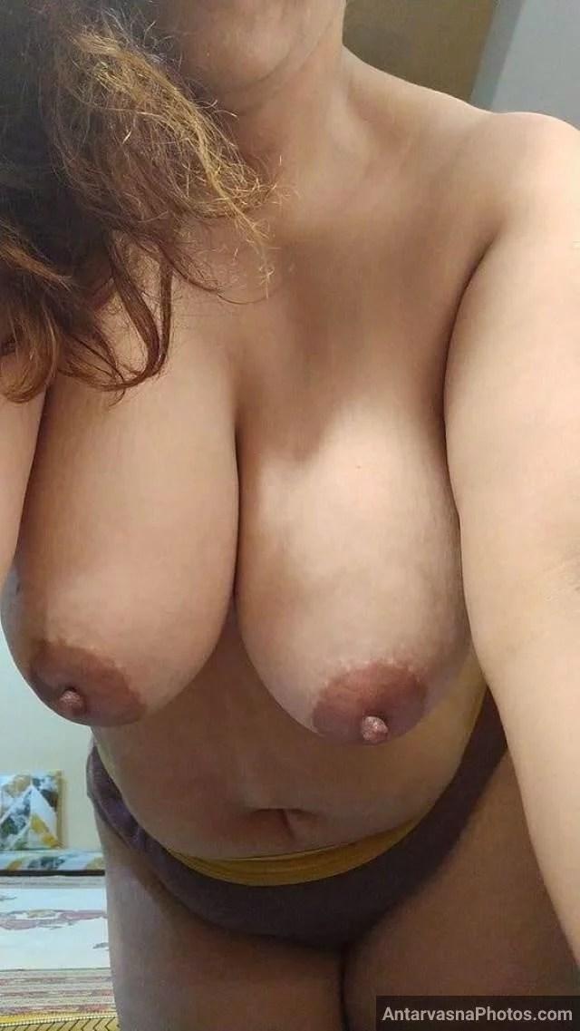 milky melons dikhati aunty nude photos Antarvasna photos