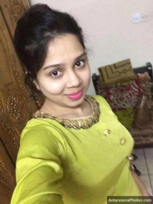 sexy marathi big boobs bhabhi girlfriend selfies 44