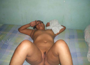 lovely young desi aunty