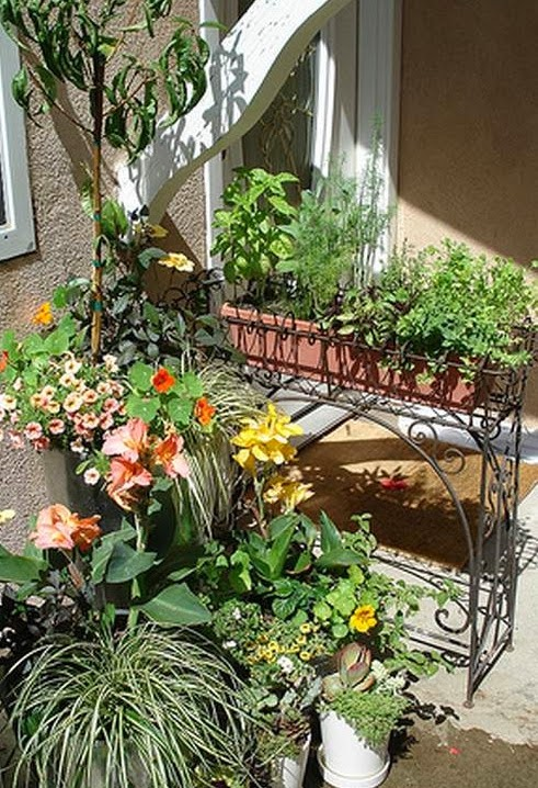Ideas for small gardens - Balconies27